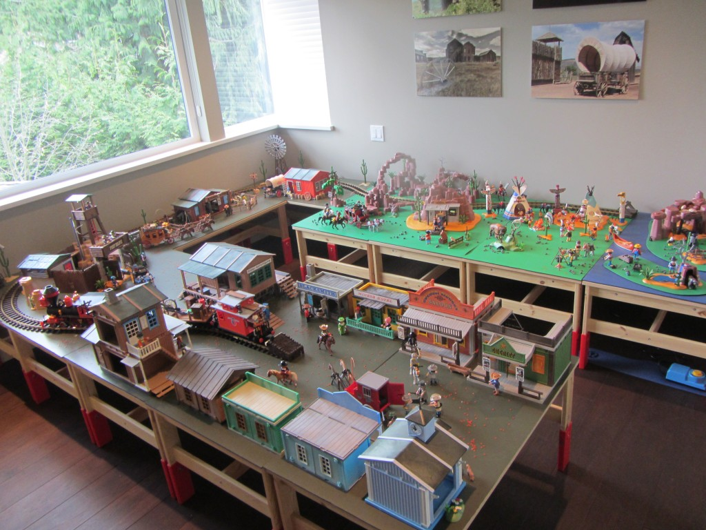 Building Project Gallery: Western Play World